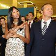 Le top model Naomi Campbell et son boyfriend le milliardaire russe Vladislav Doronin à l'exposition L'itinéraire d'une robe - rétrospective de la créatrice américaine Diane Von Furstenberg - au Manège de Moscou le 1er novembre 2009