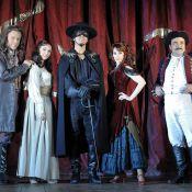 Zorro, première ! Des images flamboyantes de Laurent Ban, Liza Pastor, Geraldine Larrosa, et Georges Beller...