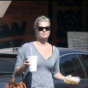 Rebecca Romijn : Elle n'a même plus le temps... de manger !