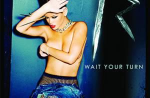Rihanna, seins nus pour son nouveau single ! On comprend mieux la bagarre sur le tournage de son clip !
