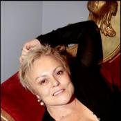 Muriel Robin : A 54 ans, elle renaît... et désire venir en aide aux autres !