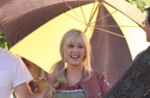 La belle Christina Aguilera sur le tournage de son premier film... en strip-teaseuse de cabaret !