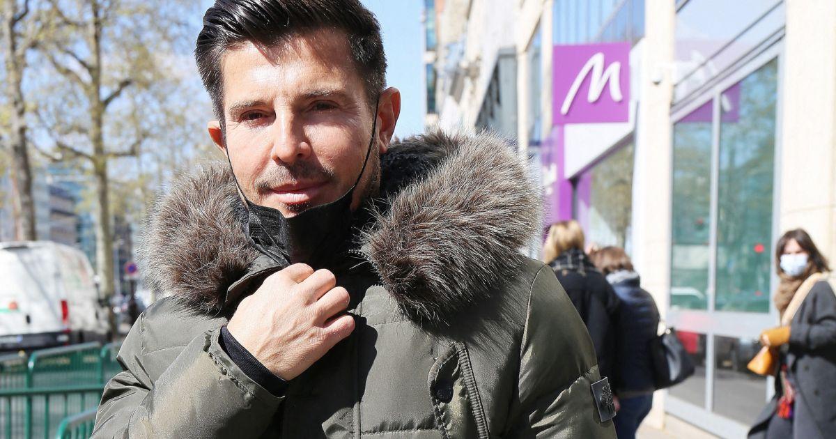 """Vincent Niclo en deuil : le chanteur """"dévasté"""" par la mort d'un être cher à son coeur"""