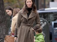 La belle Christy Turlington : Quand elle va chercher sa fille... elle met le paquet !