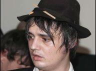 Scandale : Pete Doherty se fait expulser en plein concert... après avoir entonné l'hymne nazie !