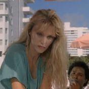 Arielle Dombasle : Regardez-la il y a 20 ans, sexy en diable... en maillot de bain !