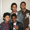 Les enfants de Jermaine Jackson, Jermajsty et Jafaar, et ceux de P. Diddy, Christian et Quincy, lors de la sortie du livre Michael Jackson Official Opus à Los Angeles le 8 décembre 2009
