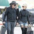 Johnny Hallyday et Laeticia jeudi faisant des courses à Los Angeles
