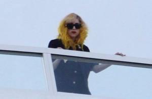 Lady Gaga : Regardez les meilleurs moments de son show du Nouvel An et... son look