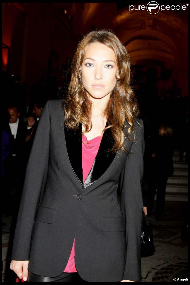 Laura Smet a tenté de se suicider, lundi 4 janvier 2010 à Paris.