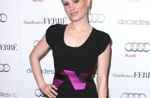 L'élégante Anna Paquin se prépare aux Golden Globes... aux côtés de Kim Raver et de Lisa Rina, ravissante !
