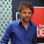 """Stéphane Guillon répond à la polémique : """"Pourquoi épargnerais-je mon patron sous prétexte que je peux me faire virer ?"""""""
