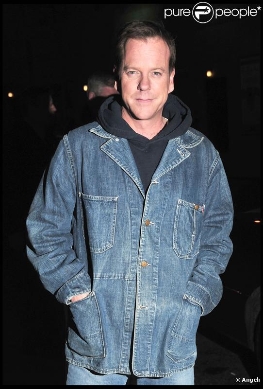 Kiefer Sutherland sort de l'émission de Letterman (NYC, 13  janvier 2010)