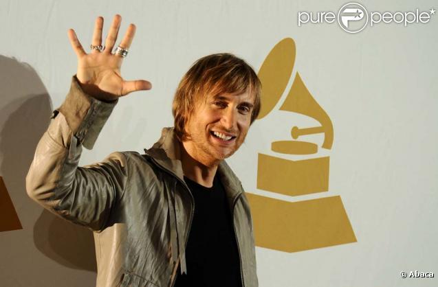 David Guetta vous présente son nouveau clip,  Memories , avec le rappeur Kid Cudi !