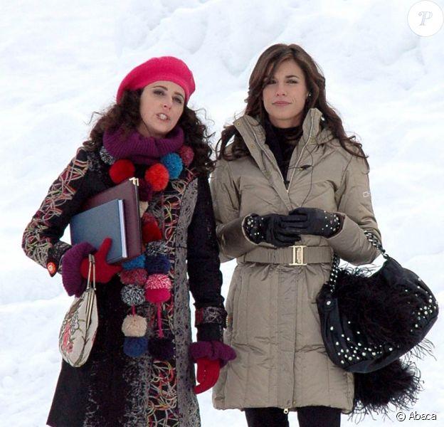 Elisabetta Canalis en plein tournage en Suisse, le 28 janvier 2010