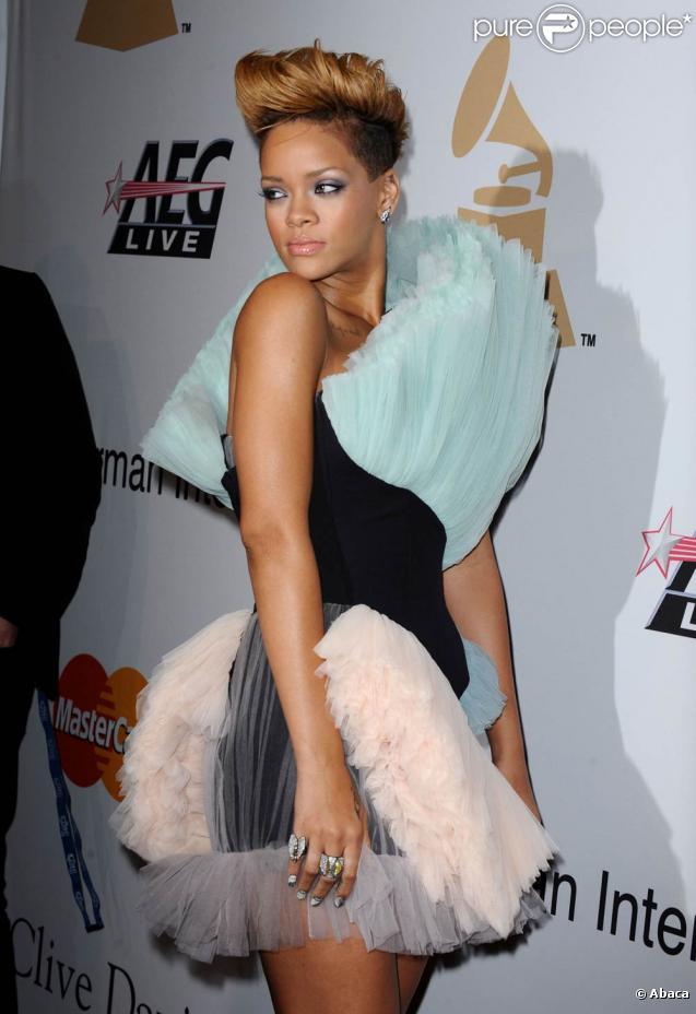 Rihanna lors de la soirée des pre-Grammy à Beverly Hills, le 30 janvier 2010