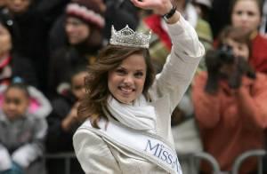 Et la gagnante d'une magnifique demande en mariage est... la belle Katie Stam, Miss America 2009 !