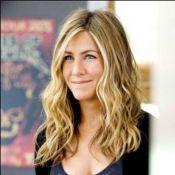 Regardez la superbe Jennifer Aniston... poursuivie et martyrisée par son ex !