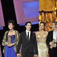Isabelle Adjani, Tahar Rahim et Marion Cotillard lors de la 35e cérémonie des César le 27 février 2010