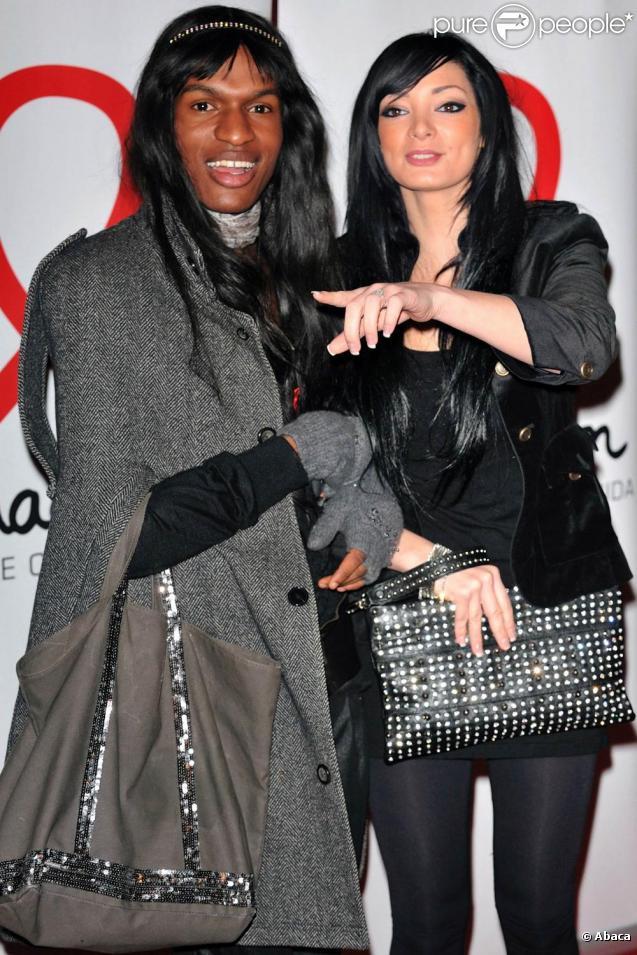 Emilie et FX à la soirée de lancement du Sidaction 2010, le 3 mars, au Casino de Paris.