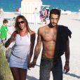 La bombe Belen Rodriguez, torride à Miami Beach, en Floride, avec son boyfriend Fabricio Corona, le 7 mars 2010.