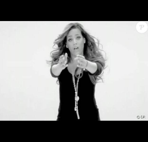 Amel Bent a dévoilé le clip pour le single Le Mal de toi