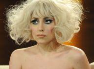 Regardez Lady Gaga victime d'un gros coup de fatigue... en plein concert !