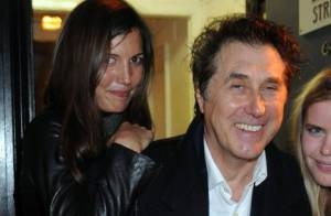 Bryan Ferry : 63 ans, encore sur scène, sous les yeux de sa compagne de... 27 ans !
