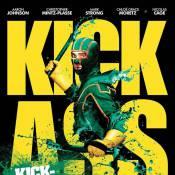 Regardez Nicolas Cage et Aaron Johnson en super héros sans pouvoir... Délirant, violent et très incorrect !
