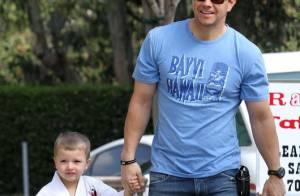 Quand Mark Wahlberg joue les Desperate Housemen avec son baby karateka... nous sommes sous le charme !