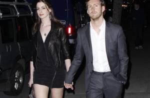 Anne Hathaway et son boyfriend se posent des questions sur le couple !