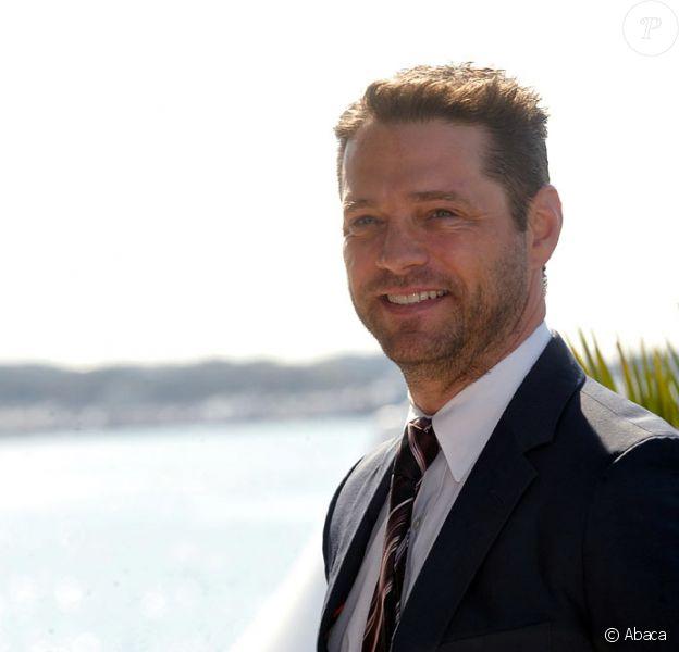 Le beau Jason Priestley vient promouvoir sa nouvelle série Call me Fitz au MIP de Cannes (12 avril 2010)