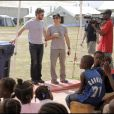 Ben Stiller et Gerard Butler lors d'un voyage humanitaire sur l'île de Haïti le 13 avril 2010