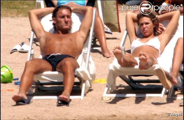 Francesco Totti et sa superbe épouse Ilary Blasi.