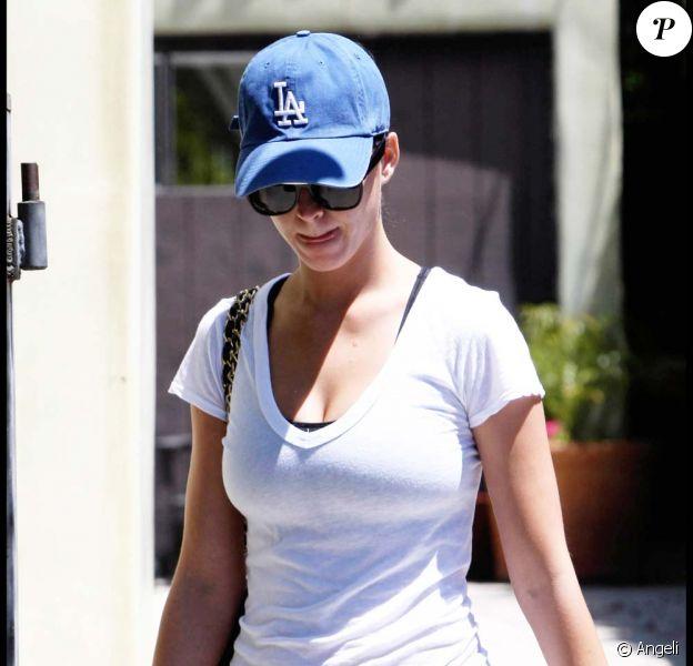 Katy Perry en chemin vers la salle de sport, à Los Angeles, le 28 avril 2010 !