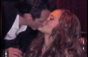 Jennifer Lopez et Marc Anthony s'embrassent sans pudeur devant un parterre de couples de stars !
