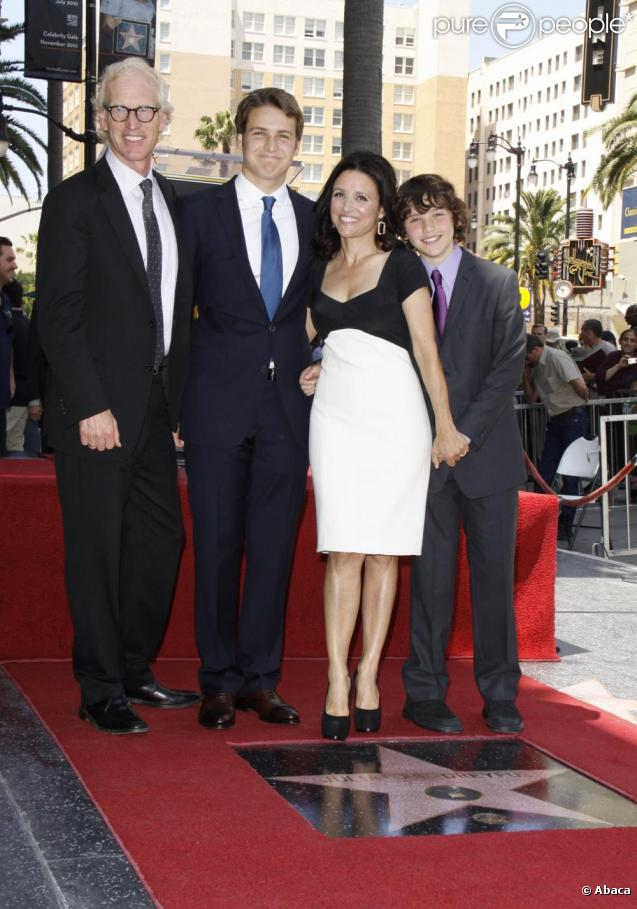 Julia Louis Dreyfus Sons Julia Louis Dreyfus Son Julia