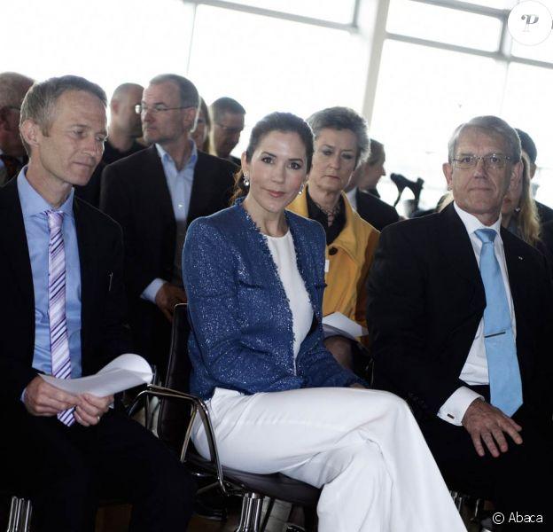 Le 11 mai 2010, la princesse Mary de Danemark présentait la nouvelle campagne de sensibilisation au cancer de la peau de la Danish Cancer Society, à Copenhague