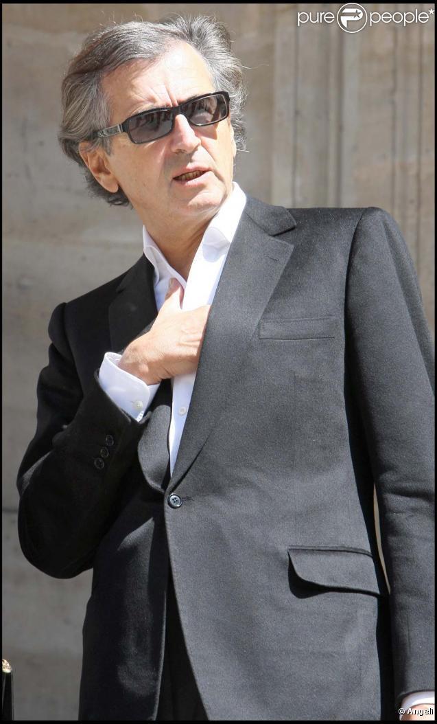 Bernard-Henri Lévy tacle violemment Tim Burton sur RTL, le 14 mai 2010 !