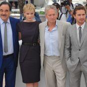 Cannes 2010 - Michael Douglas et les amoureux Carey Mulligan et Shia LaBeouf affrontent l'épreuve photo avec brio !