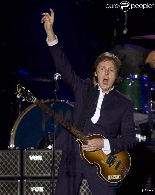 Paul McCartney sur scène à Halifax, au Canada, le 11 juillet 2009.