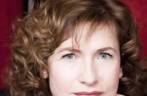 Marie Bunel : En attendant de jouer les Marie Pasteur... elle passe tout son temps sur Internet !