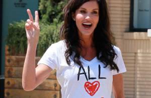 Janice Dickinson a sa façon bien à elle de défendre... le mariage gay !