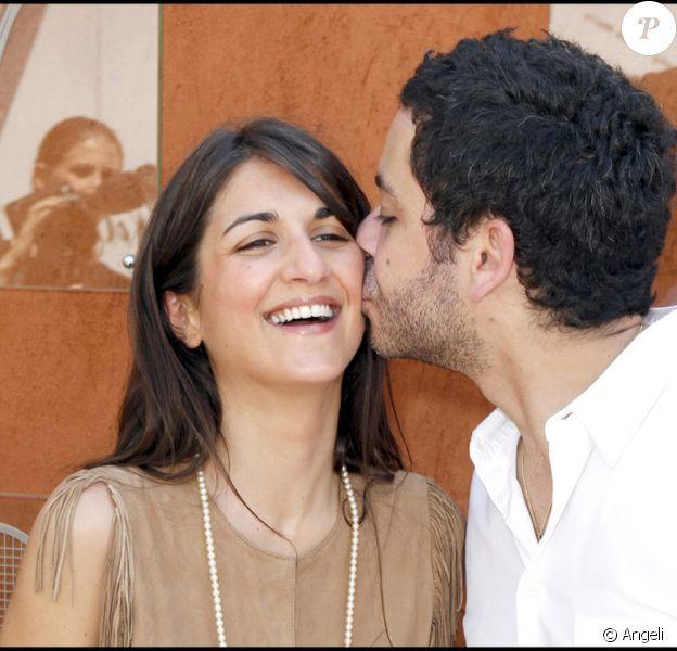 Géraldine Nakache et son mari Manu Payet lors de la finale Dames de Roland-Garros 2010, le 5 juin 2010