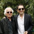 Gad Elmaleh et son père David lors de la finale hommes de Roland-Garros le 6 juin 2010