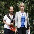 Maurice Barthélémy et Judith Godrèche lors de la finale hommes de Roland-Garros le 6 juin 2010