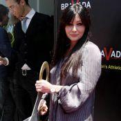 Shannen Doherty : Une hôtesse irrésistible et... célibataire ?