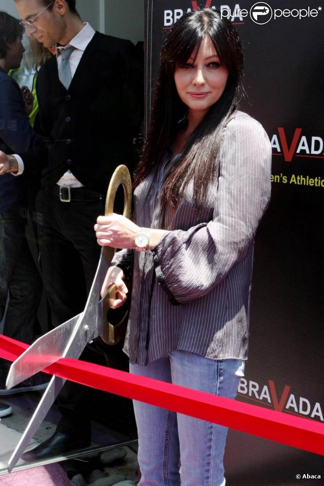 Shannen Doherty à l'ouverture du magasin de vêtements de sport Bravada à Hollywood le 17 juin 2010