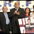 Richard Prasquier (président du CRIF), Julien Dray et Nicole Guedj lors du rassemblement sur le parvis des Droits de l'Homme le 22 juin 2010, organisé par le CRIF en soutien au soldat franco-israélien retenu en otage
