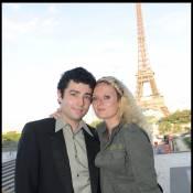 Aurore Auteuil et son mari ont trinqué avec Stéphane Freiss et Lola Dewaere... non loin d'une foule en délire ou en colère !